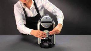 uređaj za kavu nespresso zenius